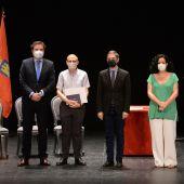Homenaje a profesores y personal de los centros educativos de Alcalá de Henares jubilados en el curso 2020-2021