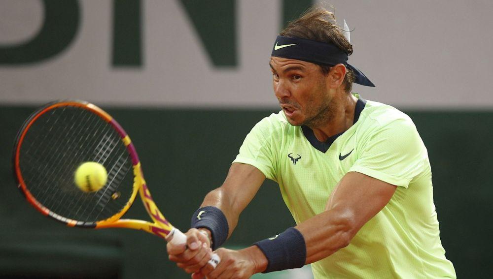 Rafa Nadal no falla y sigue adelante en Roland Garros