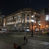 Un español buscado por la interpol salta al vacío con su hija de seis años desde la planta 17 de un hotel de Sao Paulo