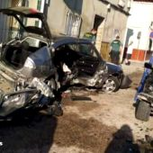 Un conductor a 140 kilómetros por hora arrolla a otro coche y mata a tres jóvenes de 16 a 21 años en Argamasilla de Alba, en Ciudad Real