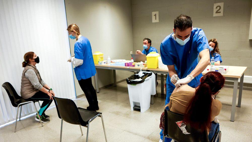 Restricciones, vacunación en Madrid, Cataluña, Andalucía y últimas noticias del Covid19 en España hoy