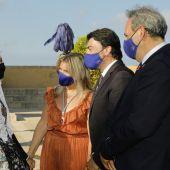El equipo de Gobierno con las candidatas a Belleça del Foc 2022