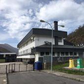 FORO exige el arreglo de la cancha del colegio de Cerredo