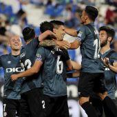 Los jugadores del Rayo Vallecano celebran un gol ante el Leganés