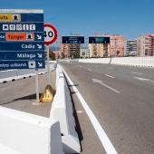 Acceso al puerto de Algeciras, en Cádiz, sin tráfico.