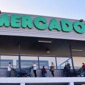 Mercadona busca empleados para el fin de semana con sueldos de hasta 753 euros al mes