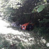 Un anciano de 85 heridos al volcar su tractor en Parres