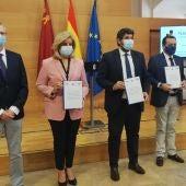 Murcia pide que en julio no sea obligatoria la mascarilla en exteriores en toda España