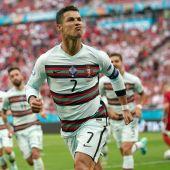 Cristiano Ronaldo celebra uno de sus goles ante Hungría