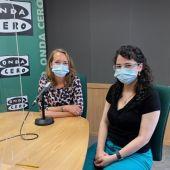 La presidenta de la Fundación Reconatura, Cristina Ferrer, en los estudios de Onda Cero Mallorca, junto a Elka Dimitrova