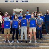 La vicealcaldesa con los alumnos que han desarrollado la aplicación