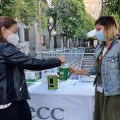 La pandemia ha obligado a la AECC a reducir el número de voluntarios que participan en la cuestación.