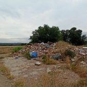 Escombros en la Isla del Colegio de Alcalá de Henares
