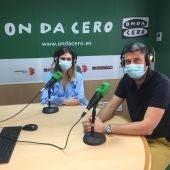 Luis Miguel Botella y Marina Alcañiz de Óptica Deseover de Elche.