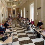 El Pleno del Ayuntamiento de Cáceres acuerda revisar las tasas e impuestos y un nuevo calendario fiscal