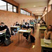 Más de 250.000 profesores se presentan a las oposiciones para obtener una plaza en Secundaria o Bachillerato