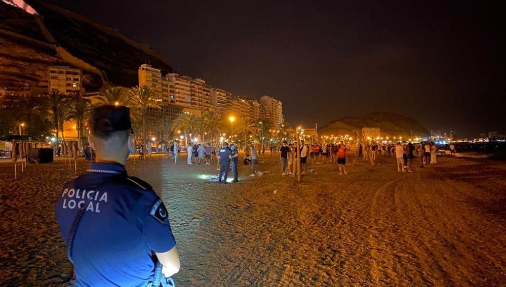 Dispositivo antibotellón en las playas