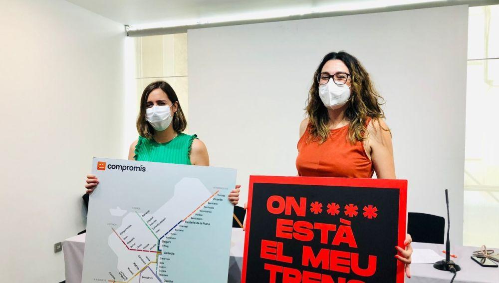 De izquierda a derecha, Esther Díez y Aitana Más.