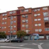 Ocupan ilegalmente 25 viviendas muncipales en la barriada de Aldea Moret de Cáceres