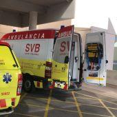 VIR y ambulancia de SVB en el Hospital del Vinalopó de Elche.