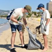 Europa FM y el Ayuntamiento de Palma organizan el 8 de julio una recogida de residuos en la Playa de Can Pere Antoni
