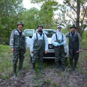 German Orizaola junto a su equipo en Chernobyl
