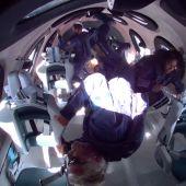 Concluye con éxito el viaje turístico al espacio del multimillonario Richard Branson
