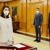 Pilar Llop, la nueva ministra de Justicia, promete el cargo ante Felipe VI.
