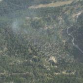 Continúan las labores de extinción del incendio en Villaverde de Guadalimar