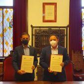 El Ayuntamiento de Alcalá de Henares firma un convenio de colaboración con la Asociación de Comerciantes del Henares