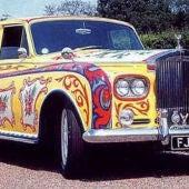 John Lennon y su coche más mítico