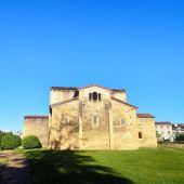 Iglesia de San Julián de los Prados en Oviedo.
