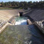 Canal del trasvase Tajo-Segura.