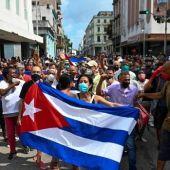Los cubanos residentes de Aragón llevan días sin tener noticias de sus familiares, mientras se producen detenciones y aumenta la tensión.