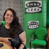 Sheila Patricia en los estudios de Onda Cero Pontevedra