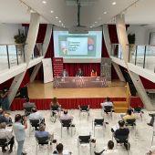 El dictamen de conclusiones de la comisión de la DANA de Les Cors se ha presentado en la Casa de Cultura de Crevillent.