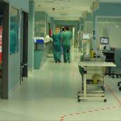 El hospital Miguel Servet no cuenta, de momento, con hospitalizaciones por covid de adolescentes, pero sí hay menores de 30 años