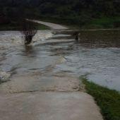 Los vecinos de Cuartos del Baño acuden al Pleno de Cáceres para pedir una solución al acceso a sus fincas