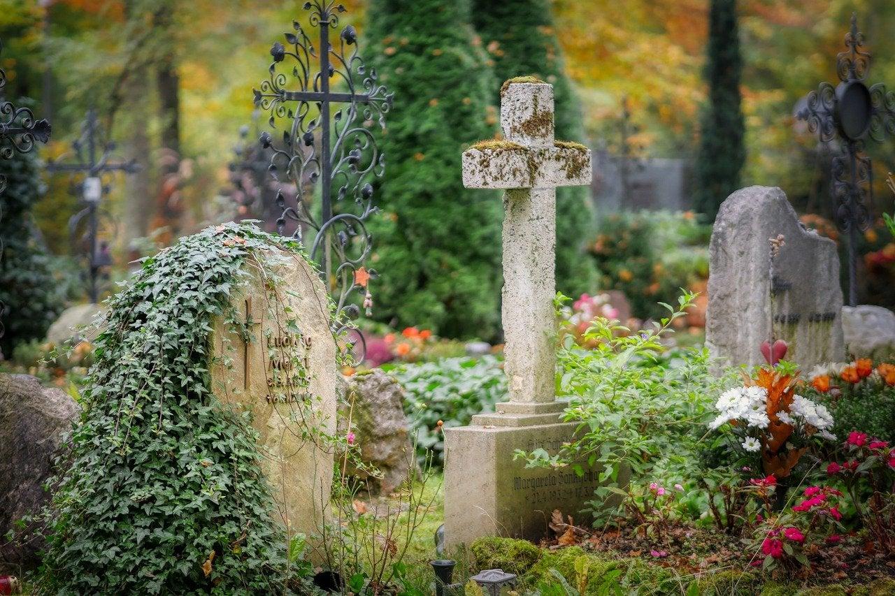 El Colegio Invisible 1x73: Cementerios históricos con historias para no dormir