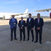 Paco Luna, Juan León, Luis Torrente y Agustín del Pozo en el aeropuerto de Ciudad Real