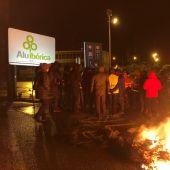 Archivo: protesta de los trabajadores en Alu Ibérica A Coruña