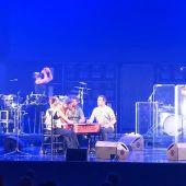 El Naán actúa durante el concierto de Vetusta Morla en el Teatro Real