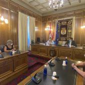 La delegada de Junta y el presidente de la Diputación en la presentación del convenio, este viernes