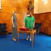 Rosa Serrano ha tomado posesión de su cargo en presencia de su antecesora, Pilar Alegría