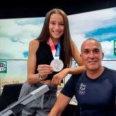 La medallista olímpica Adriana Cerezo y su entrenador Jesús Ramal en Onda Cero