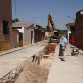 El Ayuntamiento de Miguel Esteban renueva un tramo del emisario principal de aguas residuales