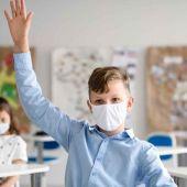 Los estudiantes vacunados no tendrán que guardar cuarentena por contacto estrecho con un positivo