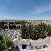 El Cementerio Municipal recupera su horario habitual