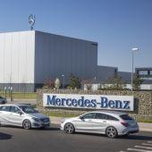 Mercedes parará la semana que viene por falta de semiconductores sacrificando la producción de casi 3 mil furgonetas