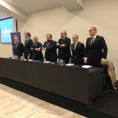 Imagen del consejo de administración del Real Oviedo en una junta general de accionistas.jpg